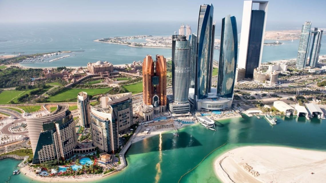 Cam-nang-du-lich-UAE-1140x641