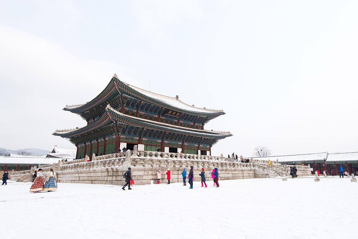 Du lịch Hàn Quốc - cung điên Gyeongbok
