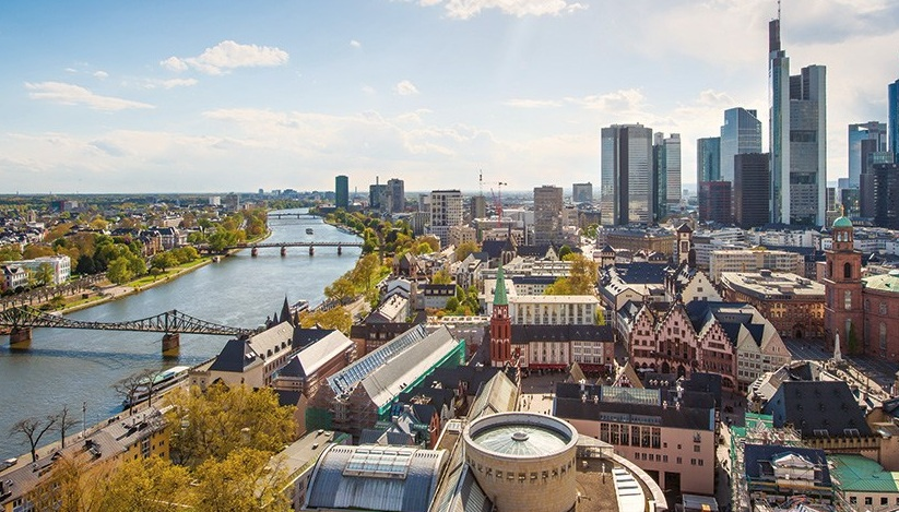 Frankfurt-city-guide-skyline